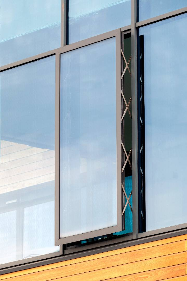 Alitherm 700 Flush Casement Aluminium Windows